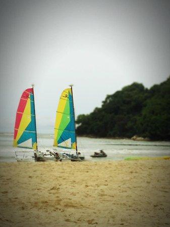 Shangri-La's Rasa Ria Resort & Spa: beach