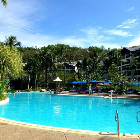 Shangri-La's Rasa Ria Resort & Spa: Garden Wing pool