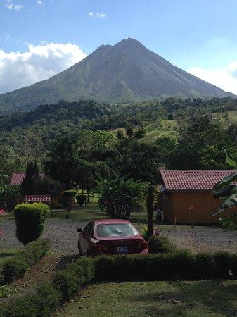 Hotel Miradas Arenal: Zimmeraussicht / View from Bungalow