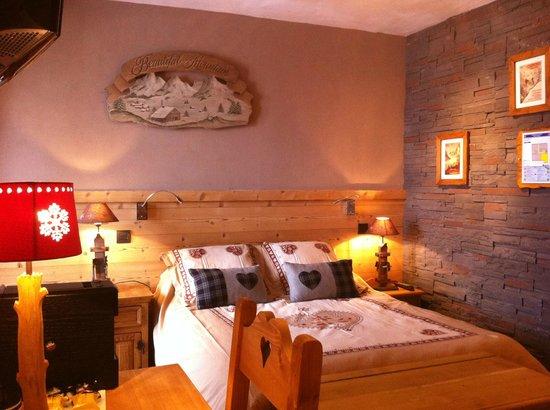 Hotel les Ancolies: Chambre familiale avec balcon