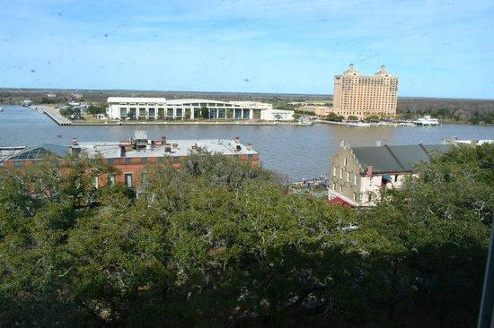 Savannah Historic District : Riverfront