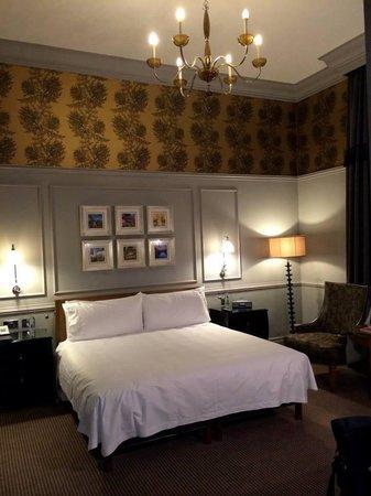 Waldorf Astoria Edinburgh - The Caledonian: Our  room--Spacious!