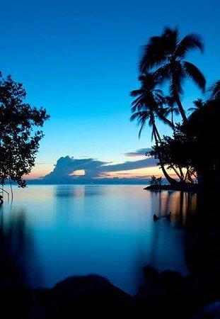 Beautiful sunset at Hatchet Caye Resort