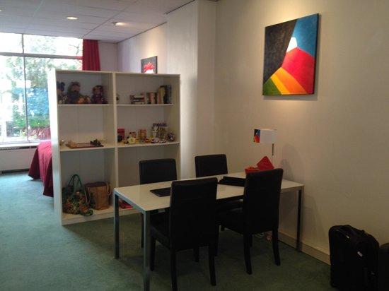 Récar du Fleur: Dining Room/ Room