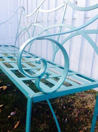 Lithia Springs Resort: Outside by garden