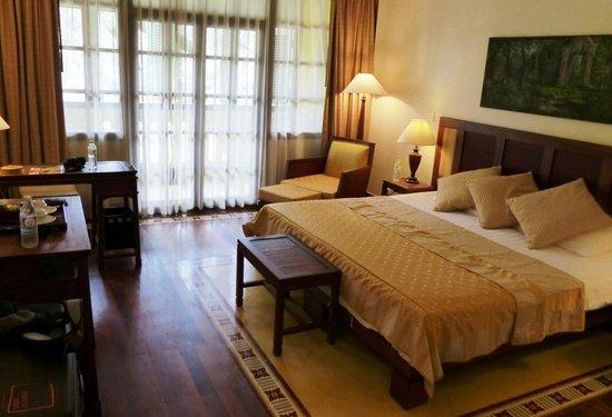 Victoria Angkor Resort & Spa : our room