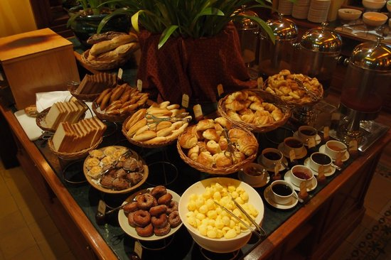 Victoria Angkor Resort & Spa : breakfast