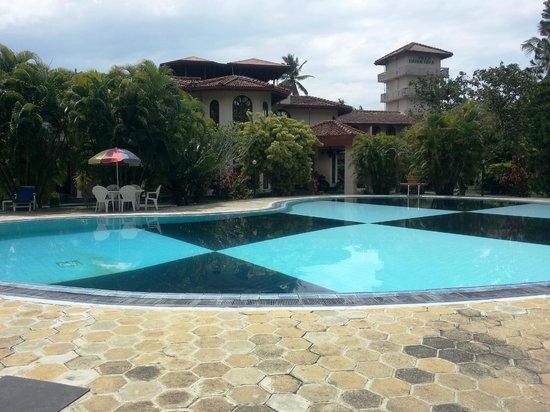 Villa Ranmenika: Pool