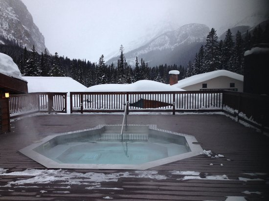 Deer Lodge : Hot tub with a view!     - Feb 2014