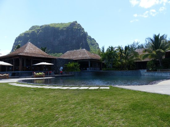 LUX Le Morne : LUX with Le Morne mountain