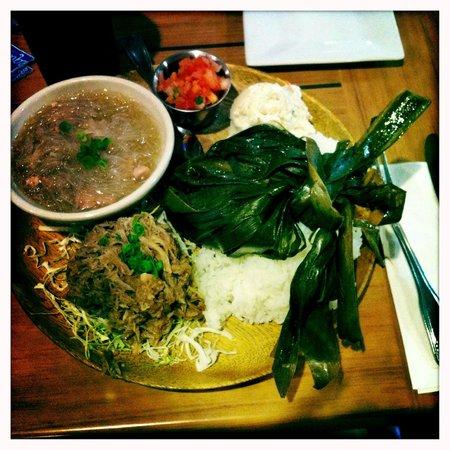 Da Kitchen Kahului: Hawaiian Plate
