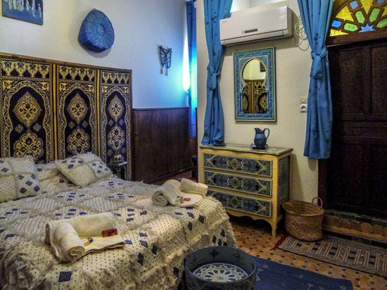 Riad Lahboul : Essaouira Blue bedroom