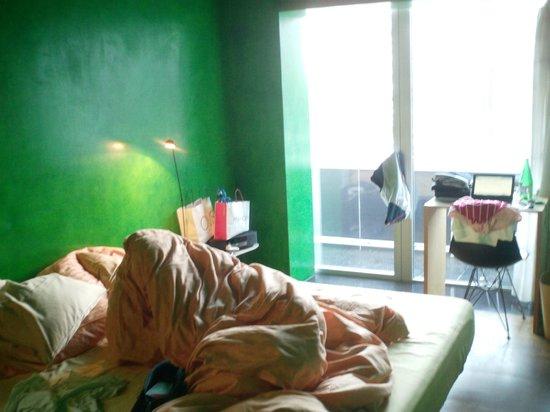 7132 Hotel: Room