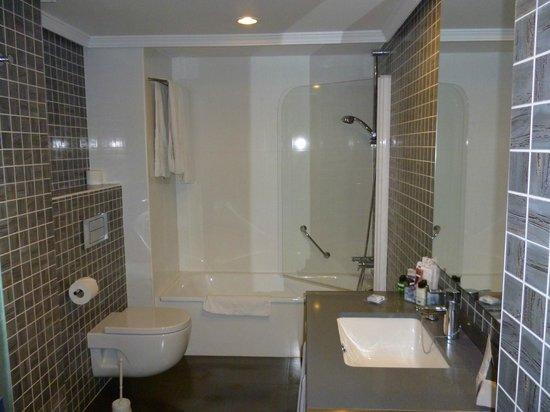H10 Lanzarote Princess: moderne praktische badkamer