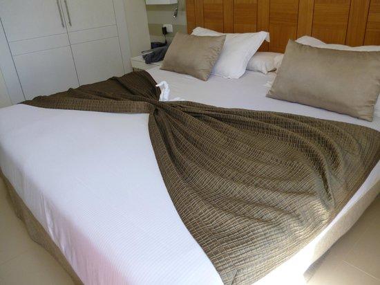 H10 Lanzarote Princess: vrolijk opgemaakt bed