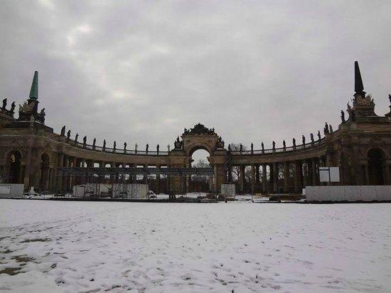 Potsdam's Gardens: Palacio Nuevo