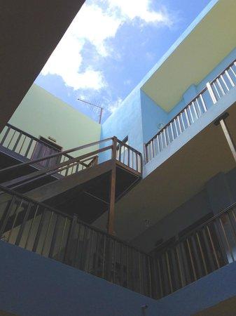 Hotel Aquamarina Suites THe Senses Collection : Central atrium showing internal balconies