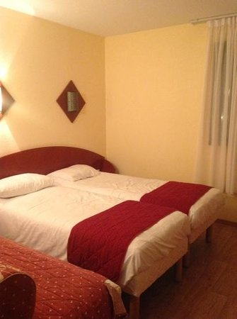 Inter Hotel Alteora site du Futuroscope: les lits principaux