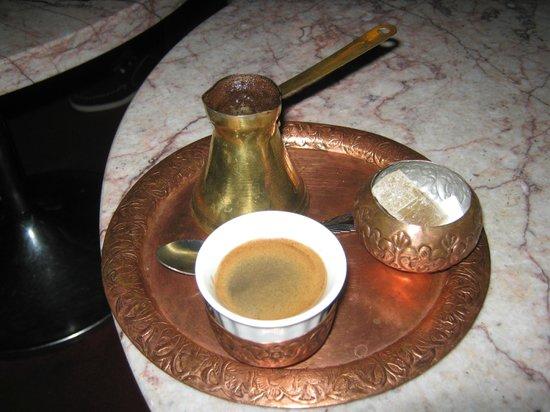 Hotel Holiday Sarajevo: Bosnian coffee
