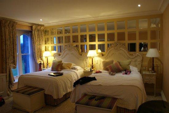 Dromoland Castle Hotel : Bedroom
