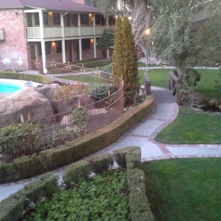 Paso Robles Inn: View from our room