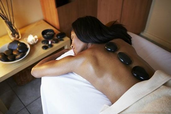 Hot stone massage ottawa-4247
