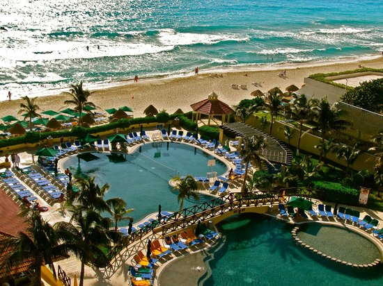 GR Solaris Cancun: view from our room balcony