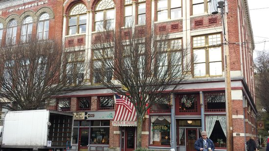 Palace Hotel Port Townsend : The Palace