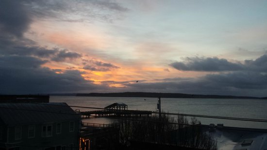Palace Hotel Port Townsend : Magnificent sunrise