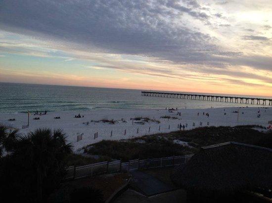 Hampton Inn Pensacola Beach: View from Room 310