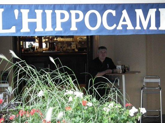 L'Hippocampe : le Chef sur la terrasse
