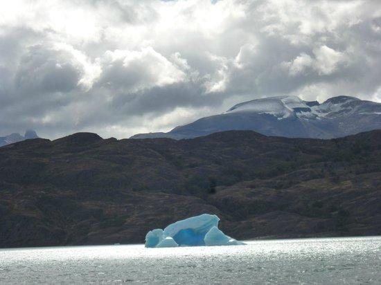 Upsala Glacier: El Calafate, Argentina