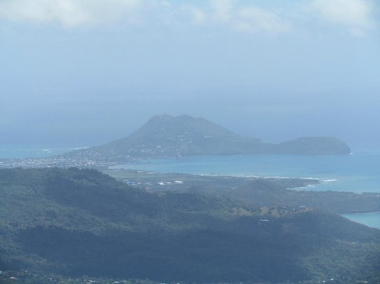Pitons: Summit View