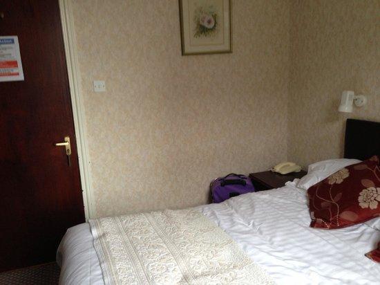 Min-y-mor Hotel: Bedroom