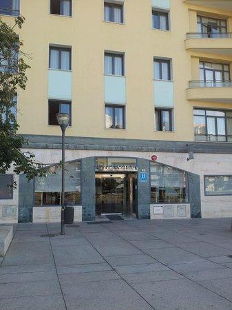 Eurostars Astoria: Hotel frontage