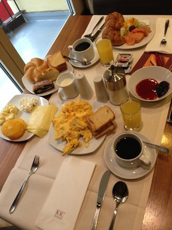 K+K Hotel Maria Theresia : Breakfast