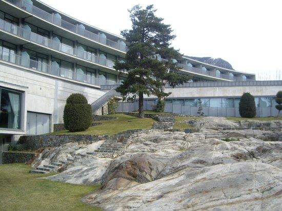 Andorra Park Hotel: Zona de alrededor de la piscina
