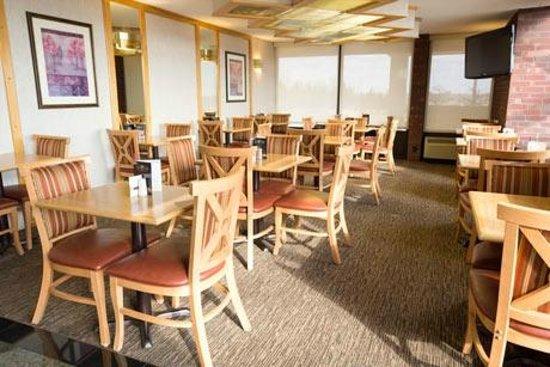 Pear Tree Inn Rolla: Breakfast Area