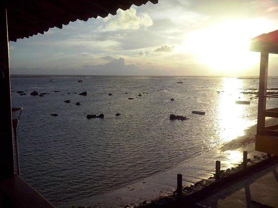 Pousada Aparecida do Mar: Visão da Sacada Lateral - Pôr-do-sol