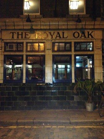 The Royal Oak : Beautiful Building