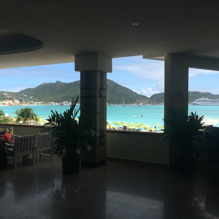 Sonesta Great Bay Beach Resort, Casino & Spa: Lobby