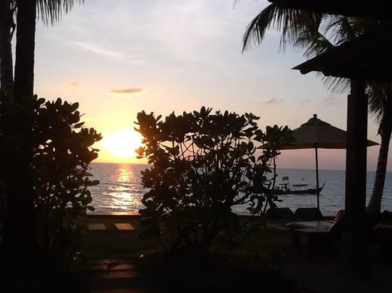 Chongfah Beach Resort : Sonnenuntergang