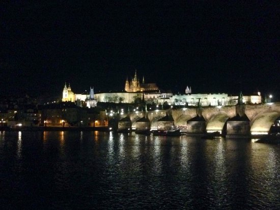 Smetana Hotel: Charles Bridge and the Palace at Night