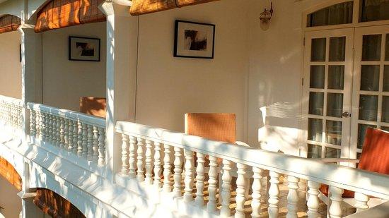 Maison Souvannaphoum Hotel : Balconies of garden wing