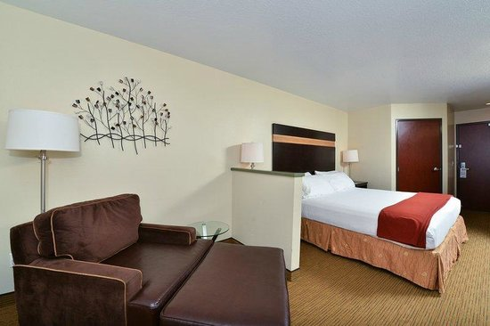 Holiday Inn Express Portland SE-Clackamas Area: GUEST ROOM