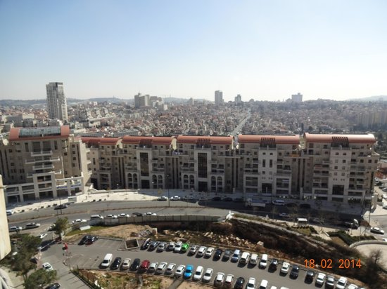 Crowne Plaza Hotel Jerusalem: Vista da cidade - apartamento, 13º andar