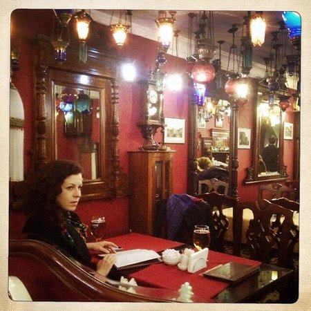 Kybele Cafe Restaurant: One night in Istanbul...