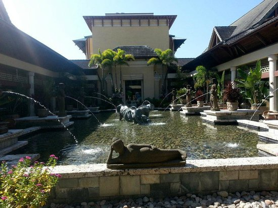 Loews Royal Pacific Resort at Universal Orlando: Outdoor Area