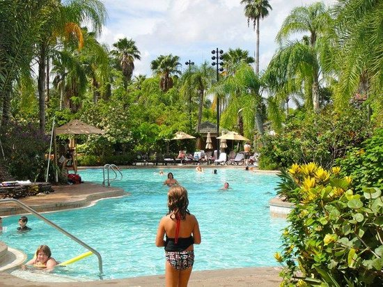 Loews Royal Pacific Resort at Universal Orlando: Pool