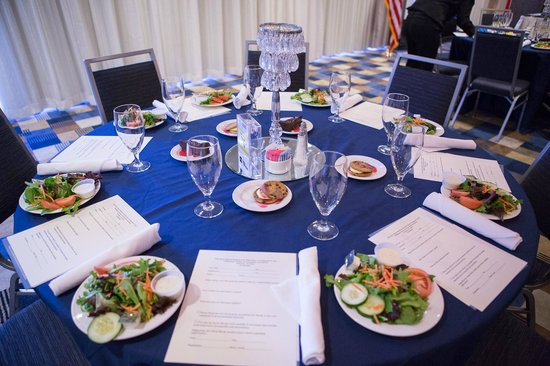Four Points by Sheraton Tallahassee Downtown Pre-lunch table setting & Pre-lunch table setting - Picture of Four Points by Sheraton ...